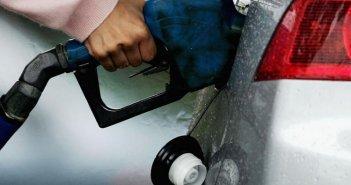 पेट्रोल के दाम आज फिर बढ़े, डीजल की कीमतों में इजाफा नहीं