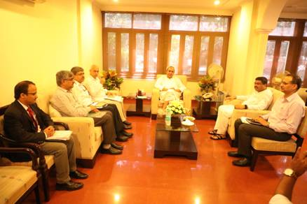Pradhan meets Odisha CM Patnaik to resolve Paradip refinery tax issue